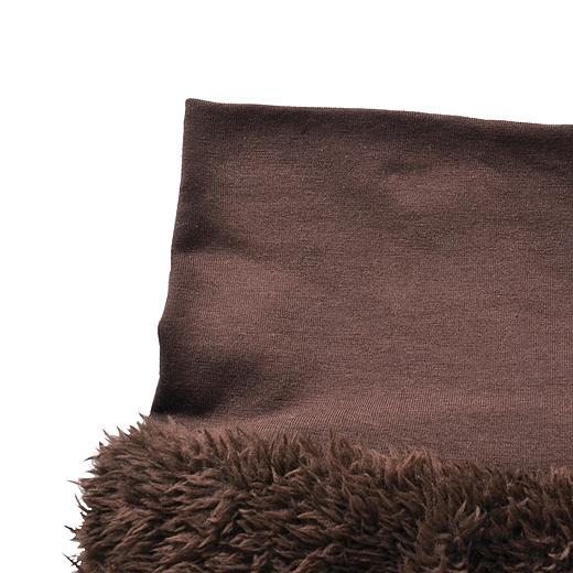 腹巻き部分は、肌ざわりのよい綿素材。一日身に着けていても快適です。