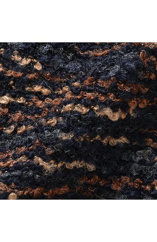 ポコポコしたミックスカラーの糸を使った表面感のあるカットソー素材。