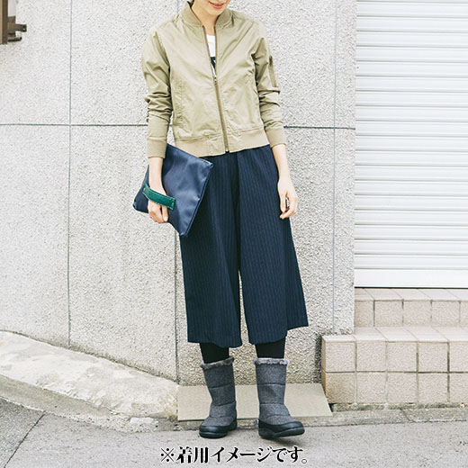 これは参考画像です。スカートにもパンツにも合わせやすくて大活躍!