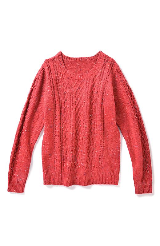 いろんな編み柄をバリエ豊かに。メリハリ感も出るのでスマートに着こなせます。