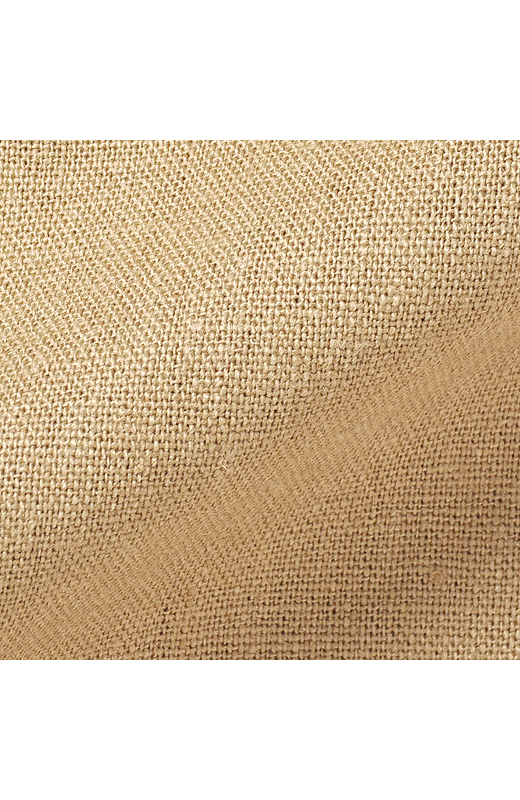 麻のさわやかさとレーヨンのとろみがドッキング。それぞれの長所が出ているナイスな素材です。