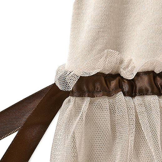 チュールにサテンリボンなんて乙女な組み合わせなの。リボンは結ばず、サイドでたらりんとしていてもかわいいよ。