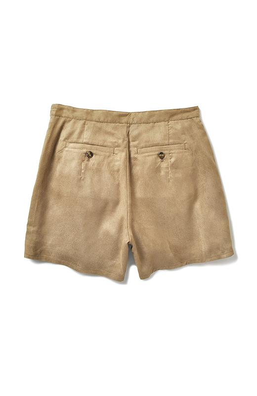 ポケット位置を上げて、ポケット幅を小さめに設定。小柄さんにあわせてバランスを調整。