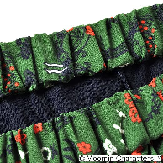 ふんわり布はくのスカートと伸びのよいカットソーのスパッツがくっついちゃってます。