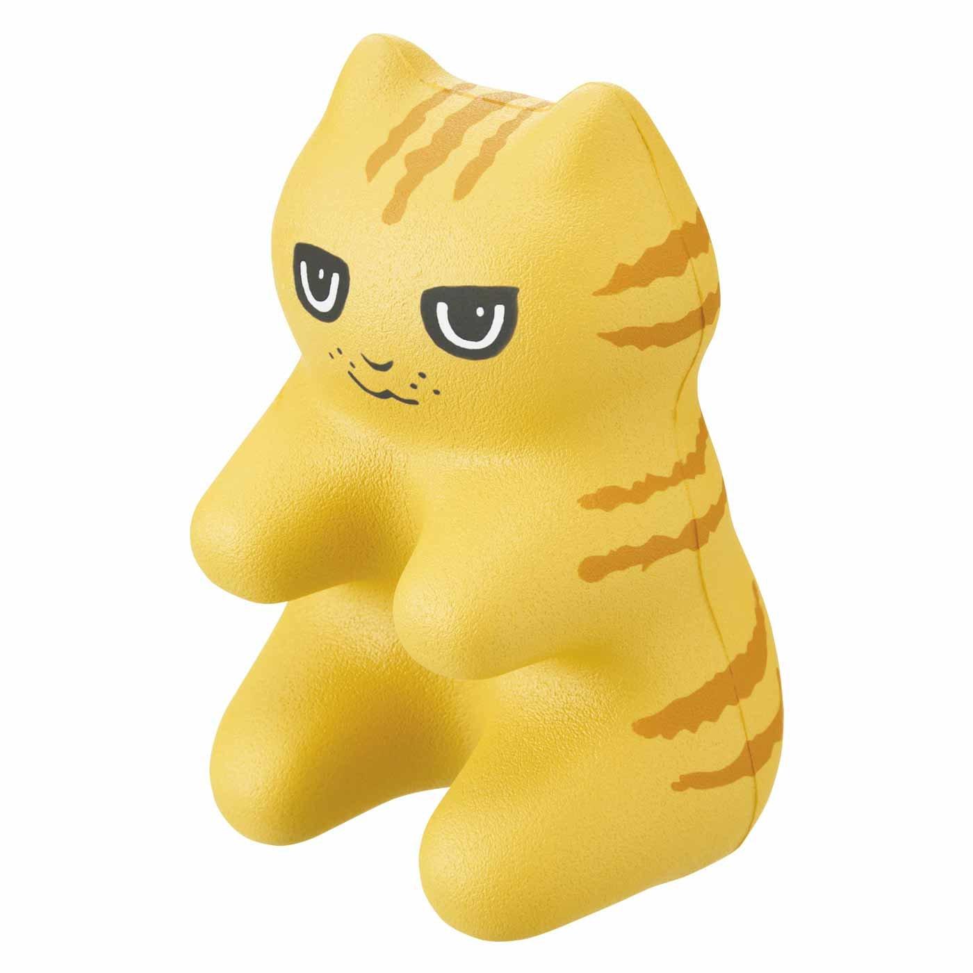 猫の手も借りたい凝りに 猫型指圧代用器