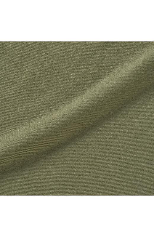 レーヨン・ポリウレタン混でとても心地いいとろけるような肌ざわり。