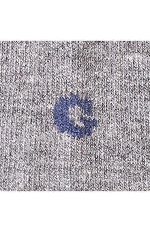 足首の「G」のロゴがおしゃれアクセント。
