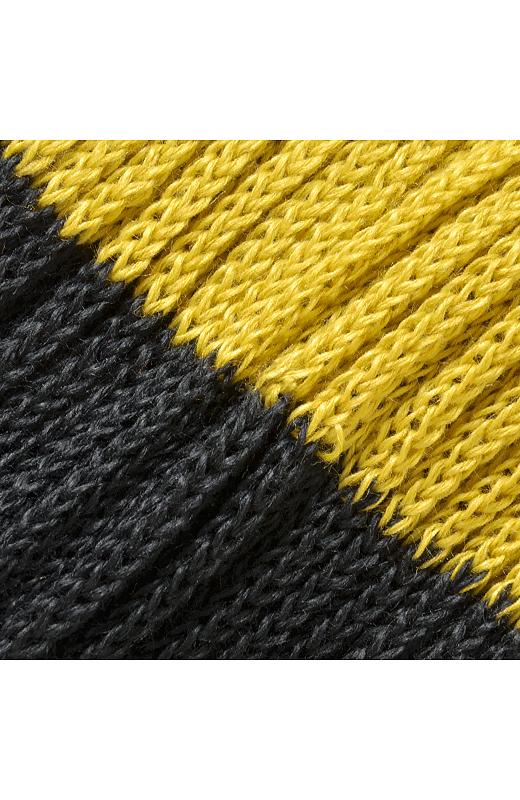 空気を含んだ、ふんわりしたリブ編み。