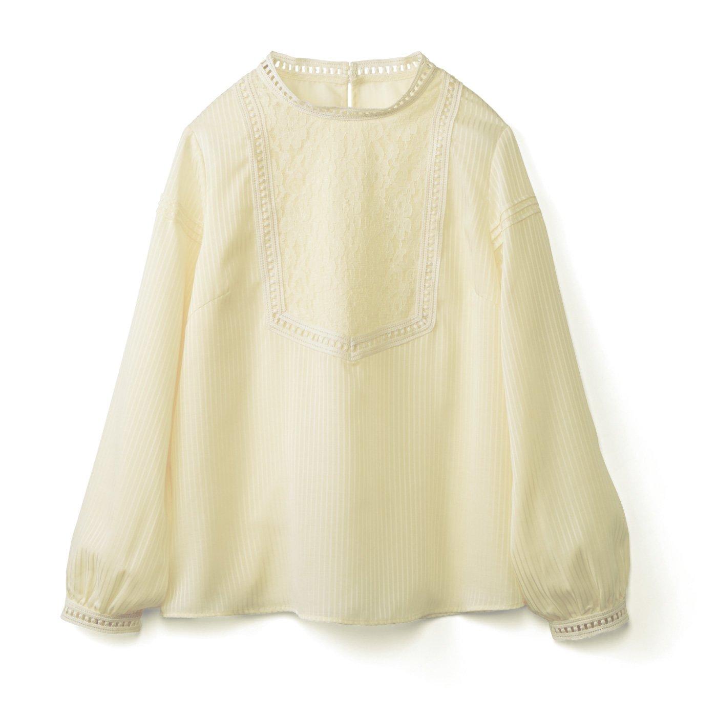 IEDIT[イディット] ストライプの織り柄素材のアンティーク風レース遣いブラウス〈クリーム〉