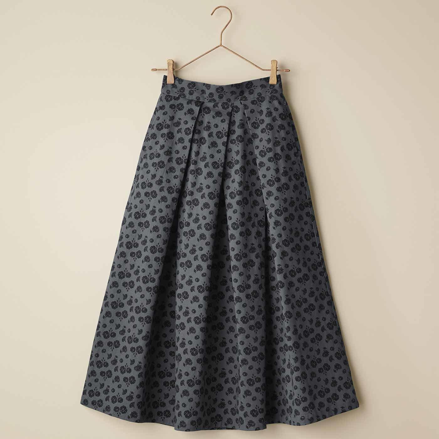 IEDIT[イディット] フラワープリントのタックロングスカート〈グレー〉