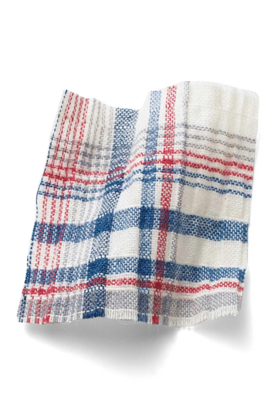 薄手の綿にストレッチ糸を入れてくしゅくしゅさせた素材。