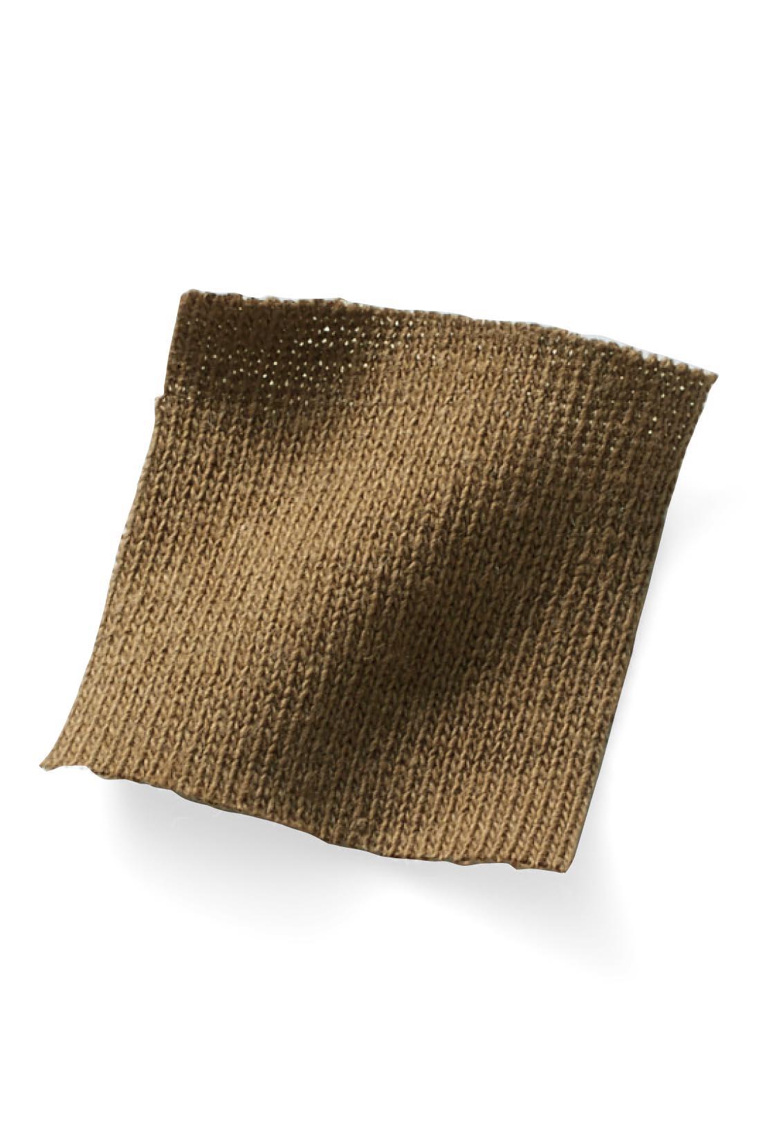 【コットンリネン】麻のさわやかさと綿のやわらかさを絶妙ミックス。毎日着たくなる肌ざわりに。 ※お届けするカラーとは異なります。