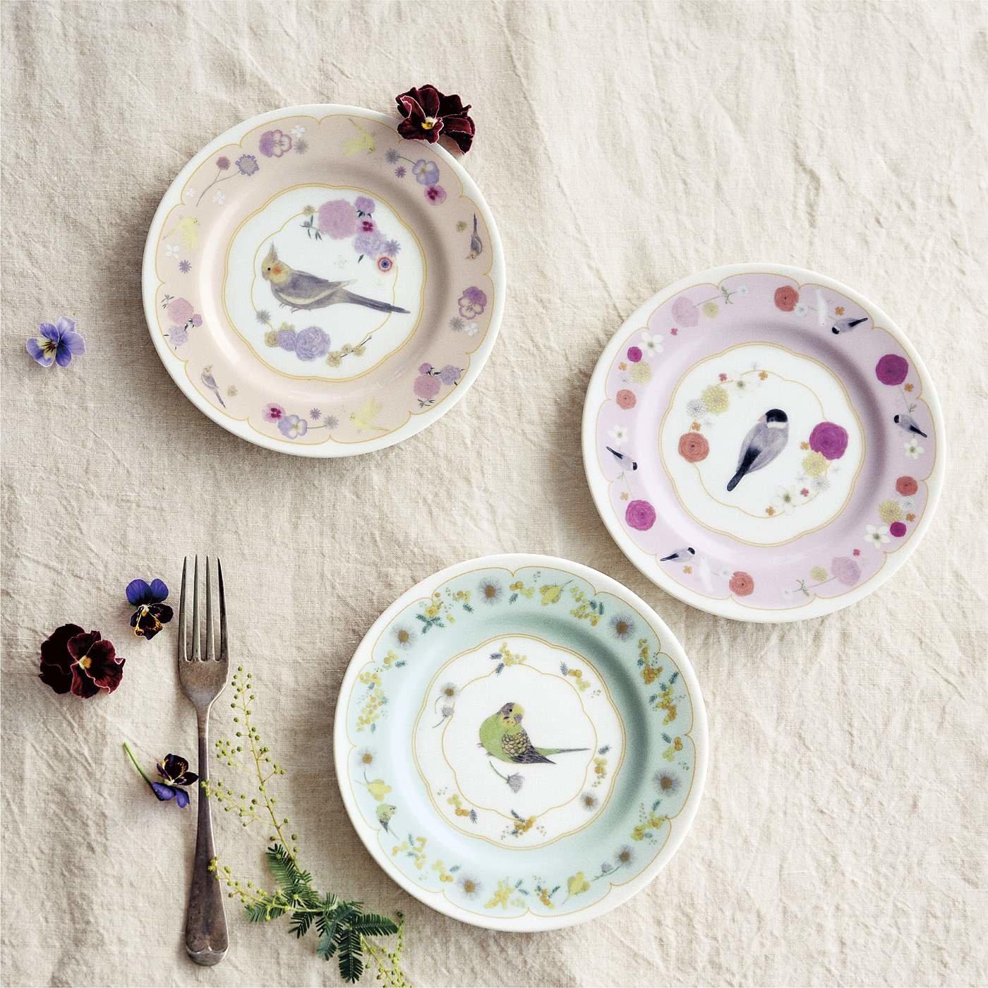 小鳥部 中澤季絵さんとつくった テーブルコーデが華やぐ 小鳥プレートの会