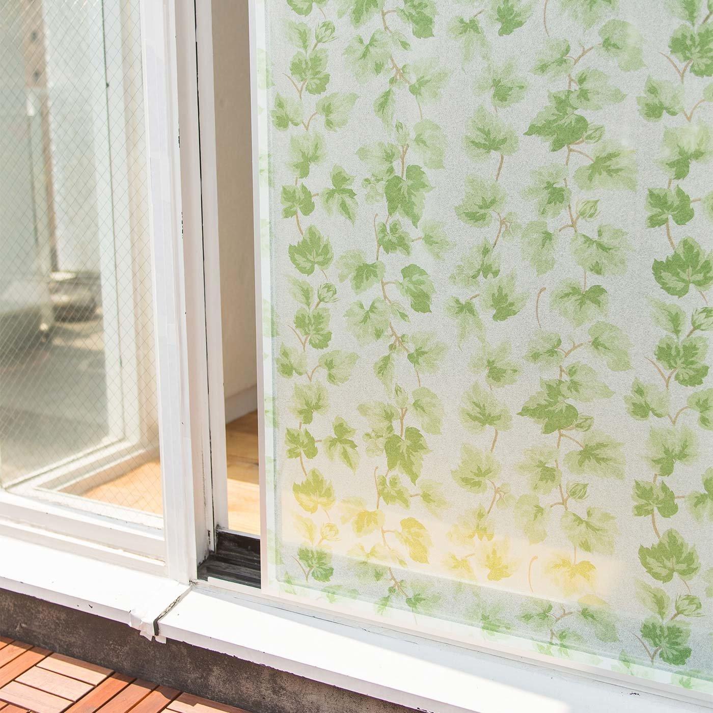 ほこりや汚れを予防! 網戸カバーシート〈グリーンカーテン柄〉の会