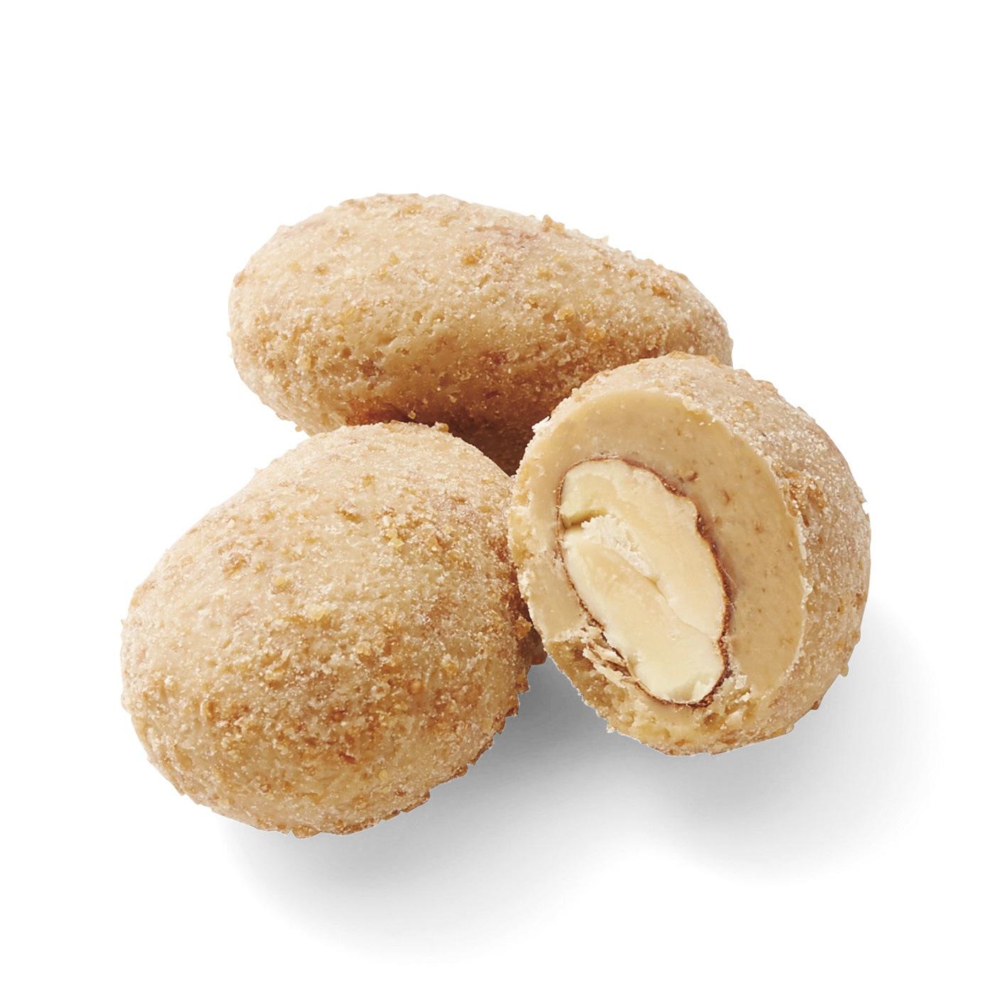 1 アーモンドブロンド: 薄く長いシチリア産アーモンドを、クリスピーなウェハーと混ぜ合わせたブロンドチョコレートでコート。