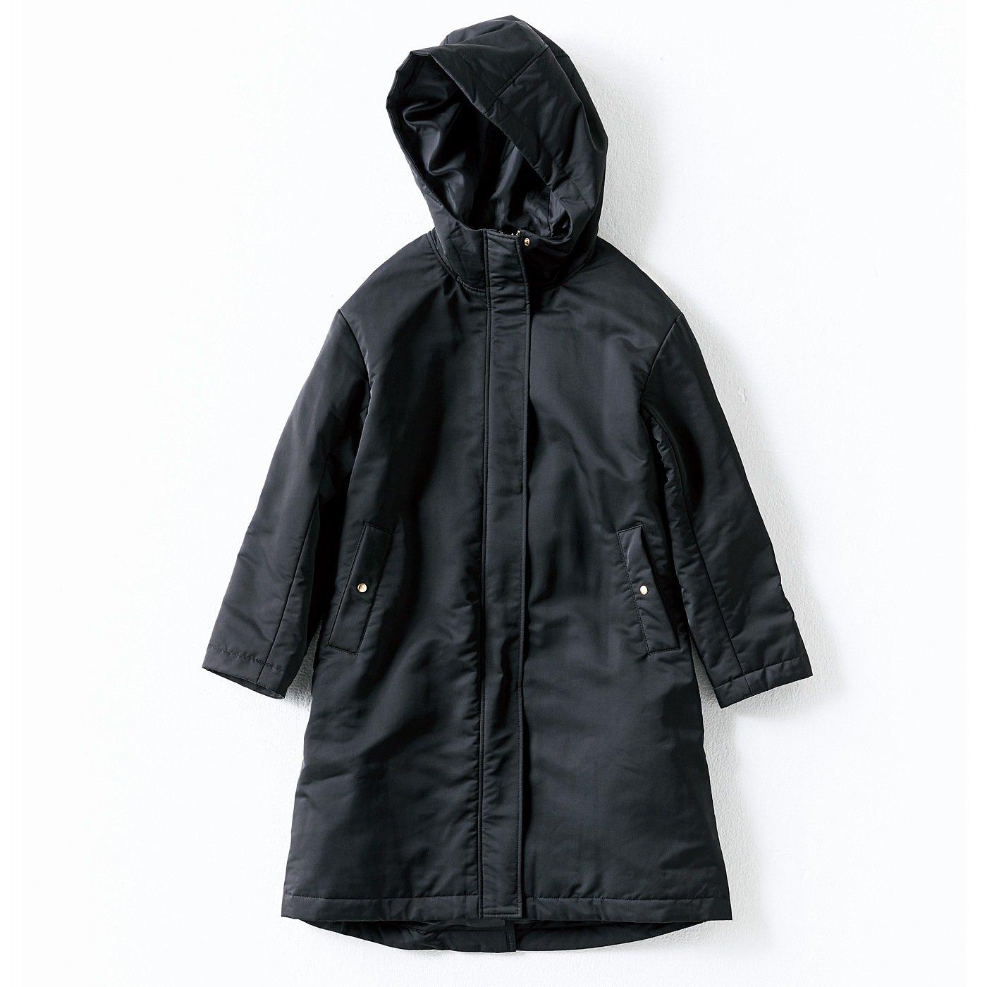 【3~10日でお届け】IEDIT THIN DOWNで軽やか暖か ポケットたくさん! 手ぶらで出かけられるイージーロングコート〈ブラック〉