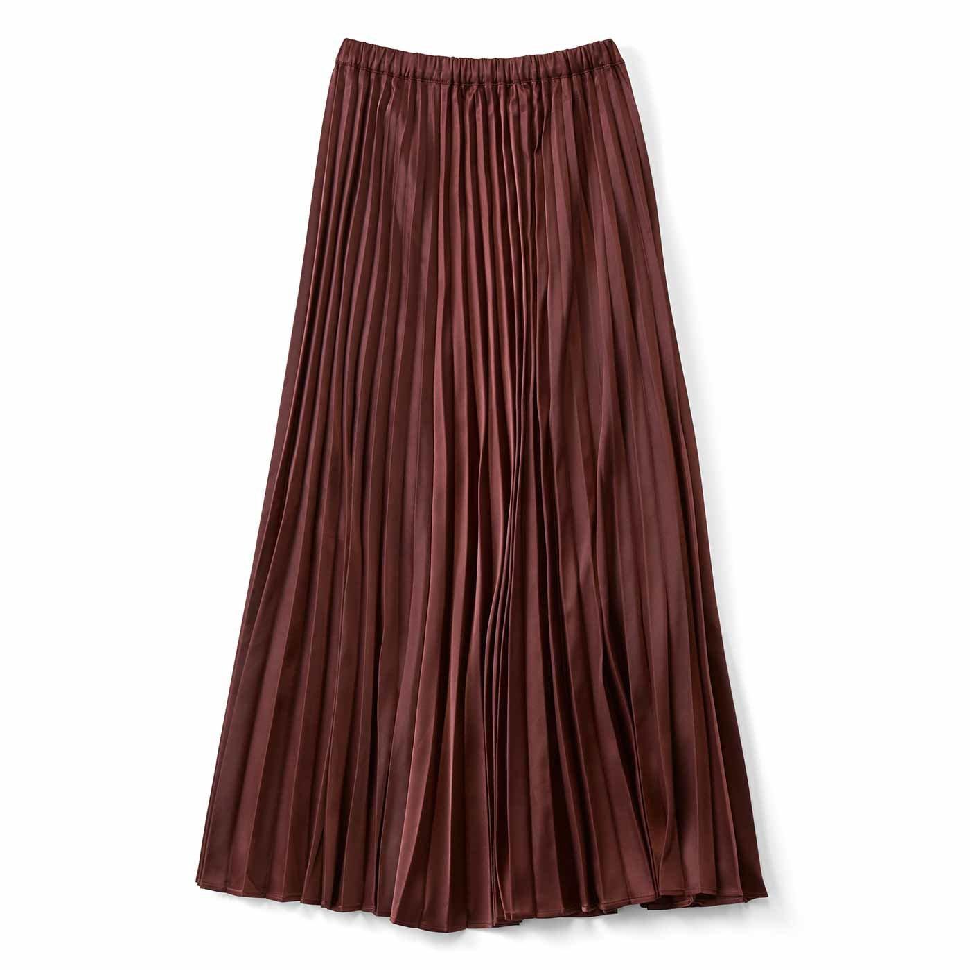 シルエットがキレイなサテンプリーツスカート〈ブラウン〉