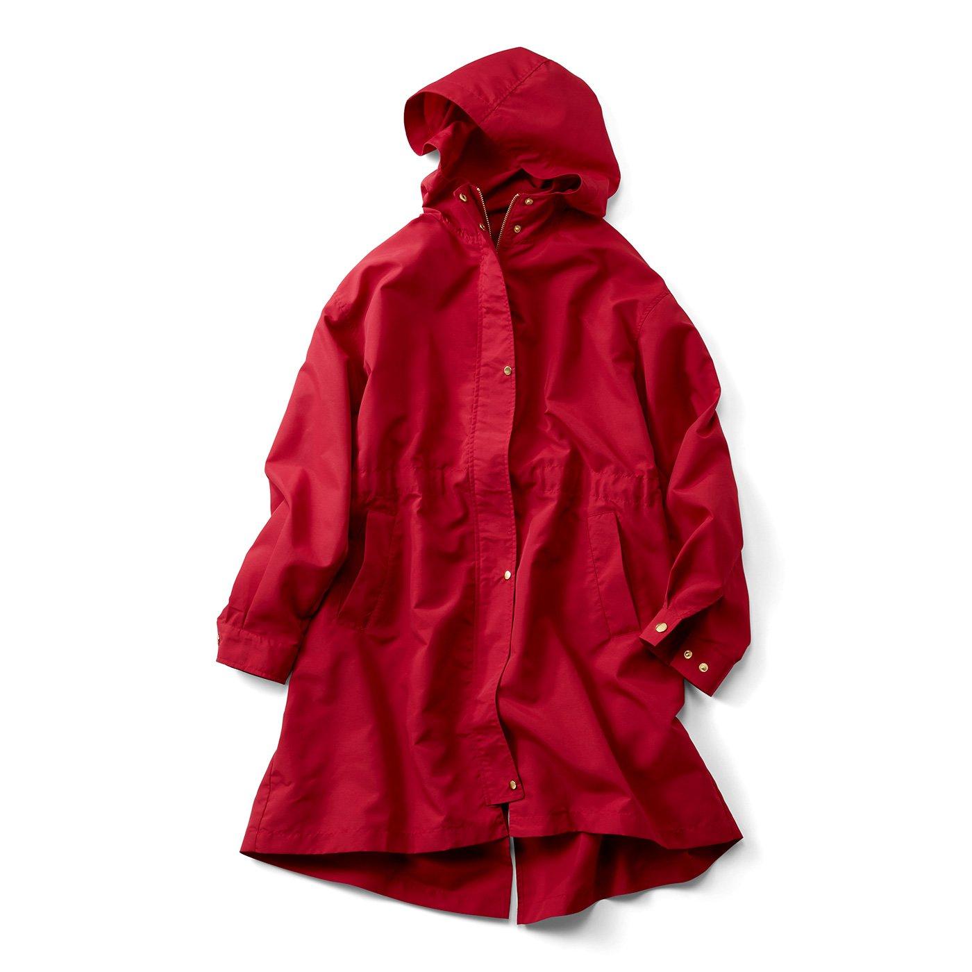 IEDIT[イディット] 花粉がつきにくくて多機能がうれしい 背負えて便利なミドル丈フーデッドコート〈トマトレッド〉