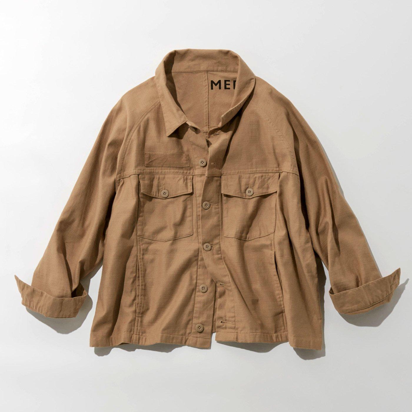 MEDE19F オーバーサイズミリタリージャケット〈ベージュ〉