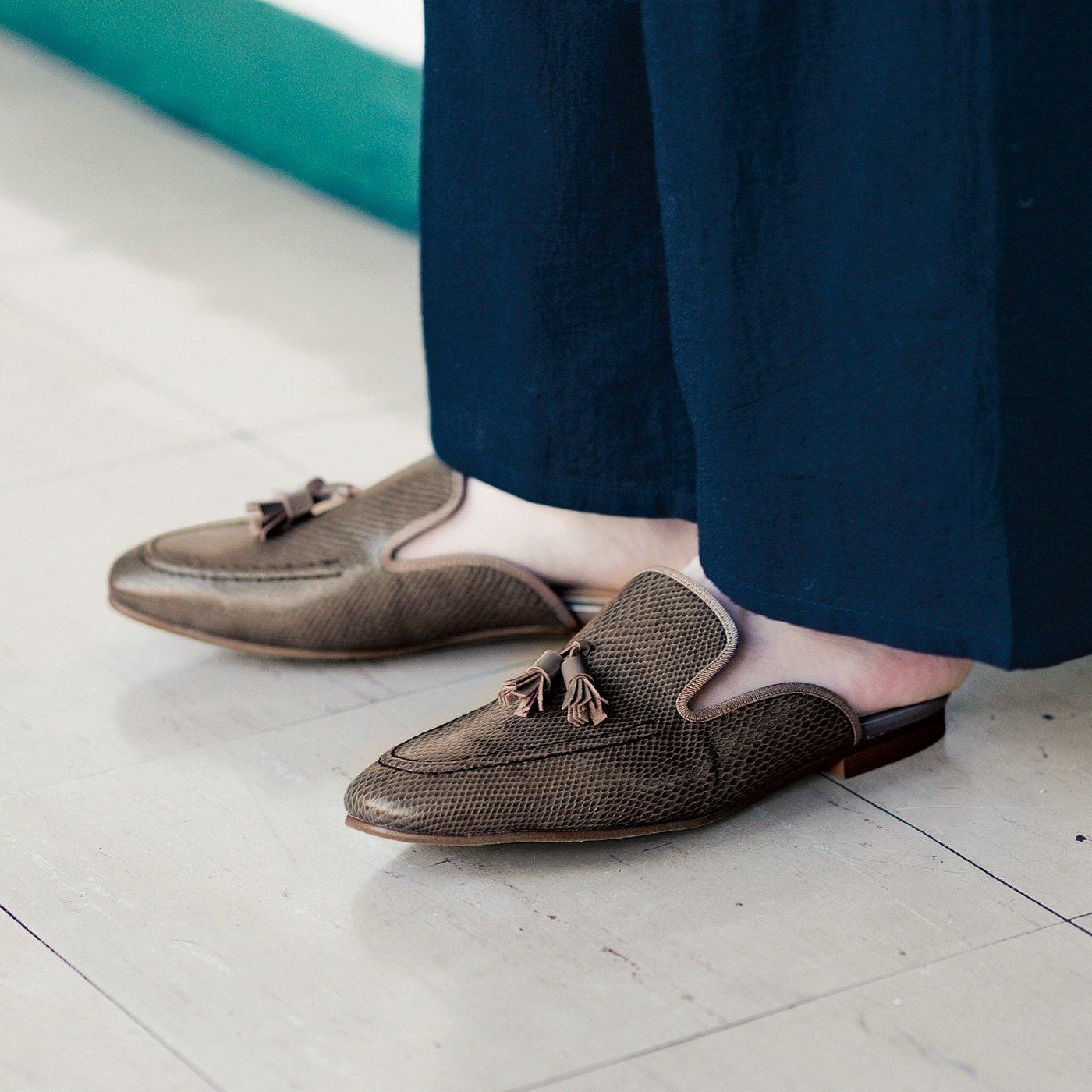 UP.de サンダルなのにローファー見え きちんと感と履き心地らくちん♪ どちらもかなえるローファーサンダルの会
