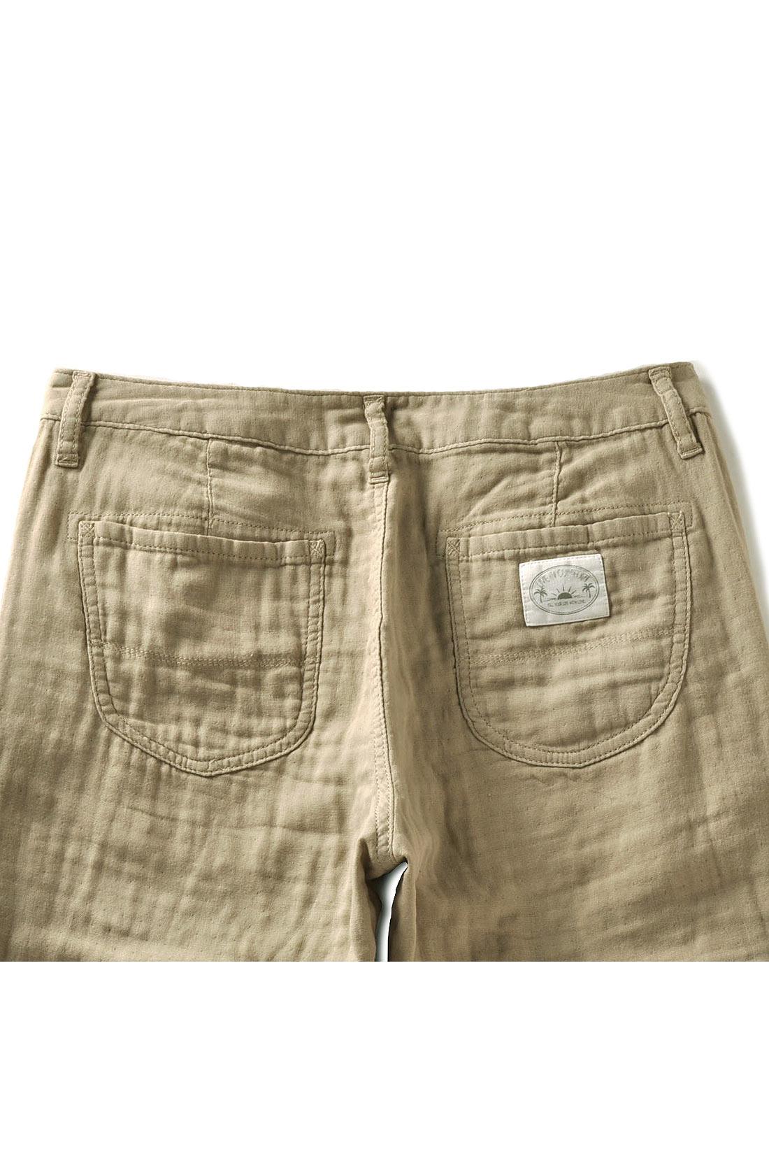 後ろポケットにはネームパッチ付き。