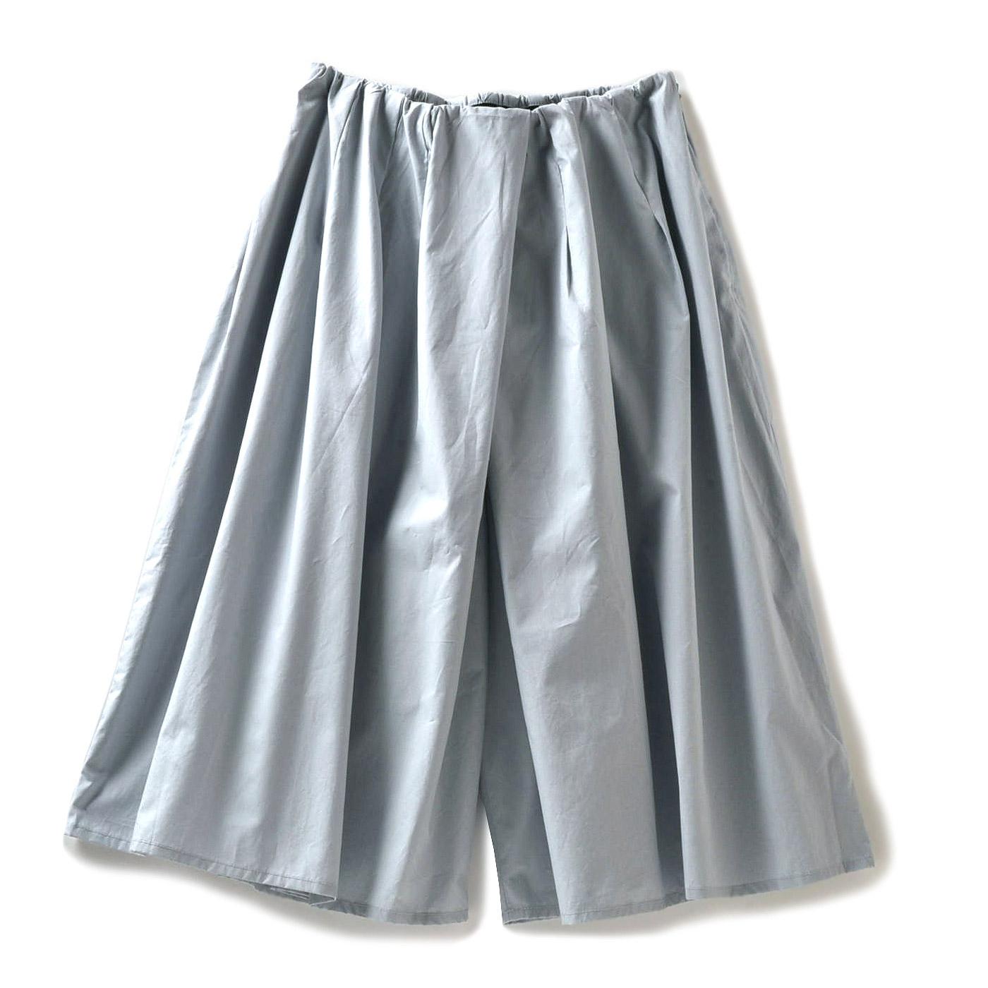 ミルブロウズ タック遣いでスカート見えするタイプライターキュロット〈アイスブルー〉