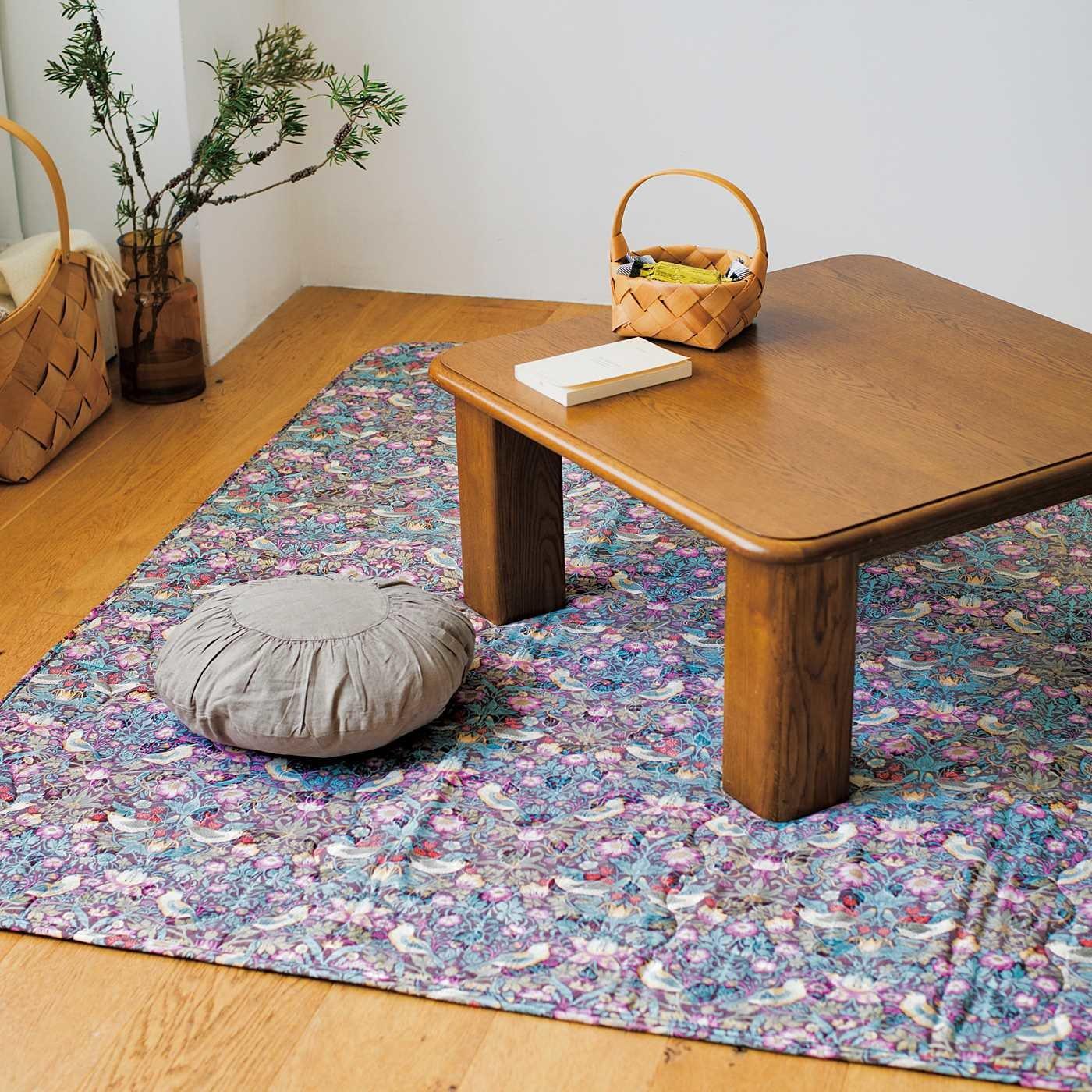 V&A Arts&Crafts collection こだわりインテリアで素敵空間でぬくぬく冬ごもり こたつ敷布団 いちご泥棒〈正方形〉