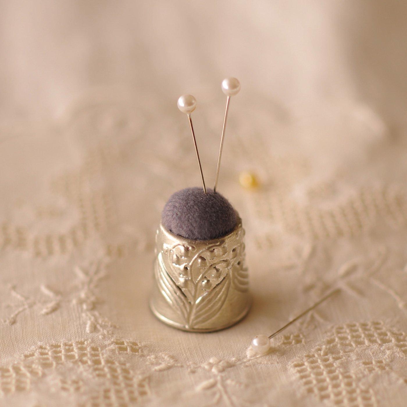 ポルトボヌール 『錫(スズ)製』の裁縫道具 すずらんピンクッション