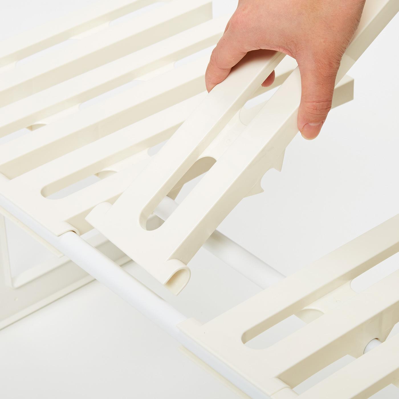 どの板も取り外せるので、スペースに合わせて足し引き。