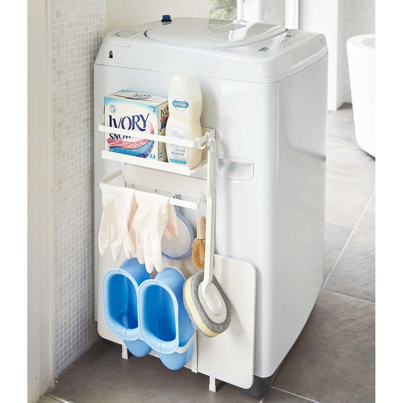 まとめればパッと取り出しやすい洗濯機横ラック