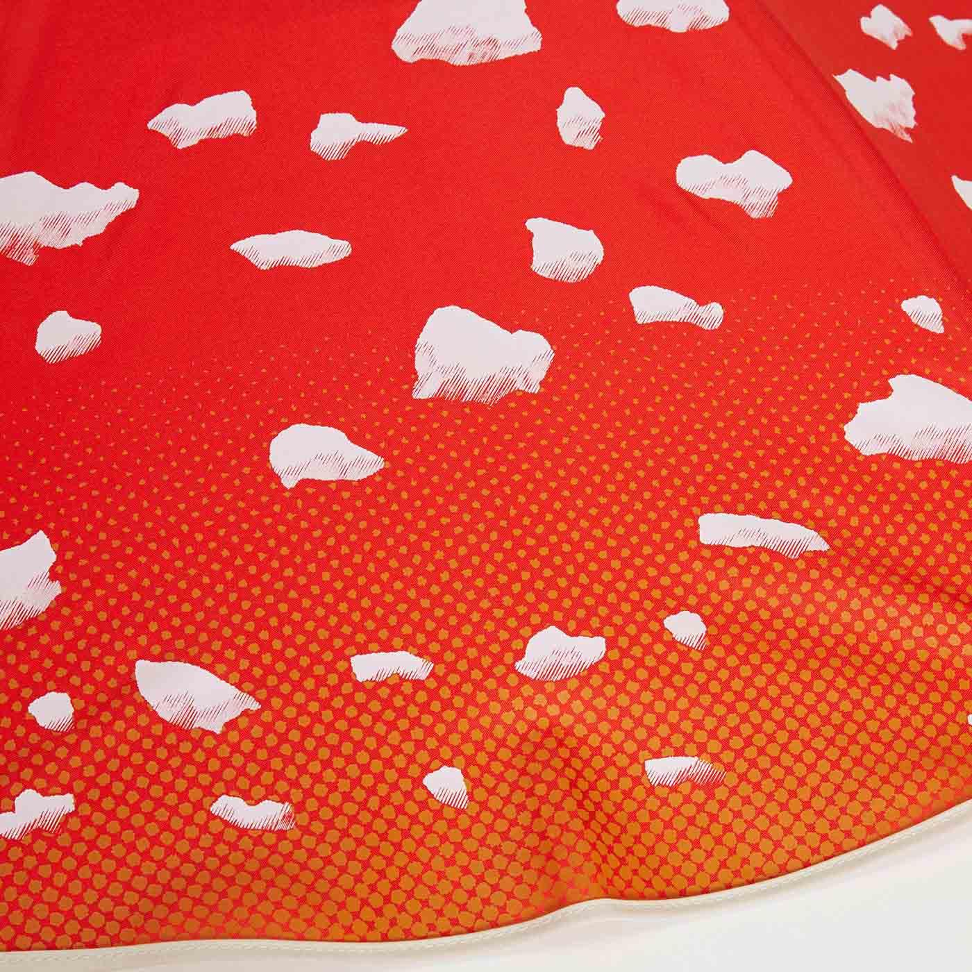 赤い傘にポコポコした白い模様、ベニテングタケらしさをとことん追求しました!