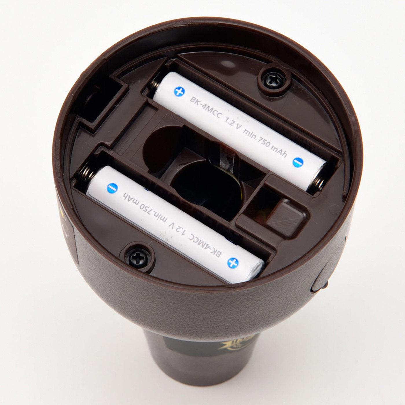単4形乾電池使用。