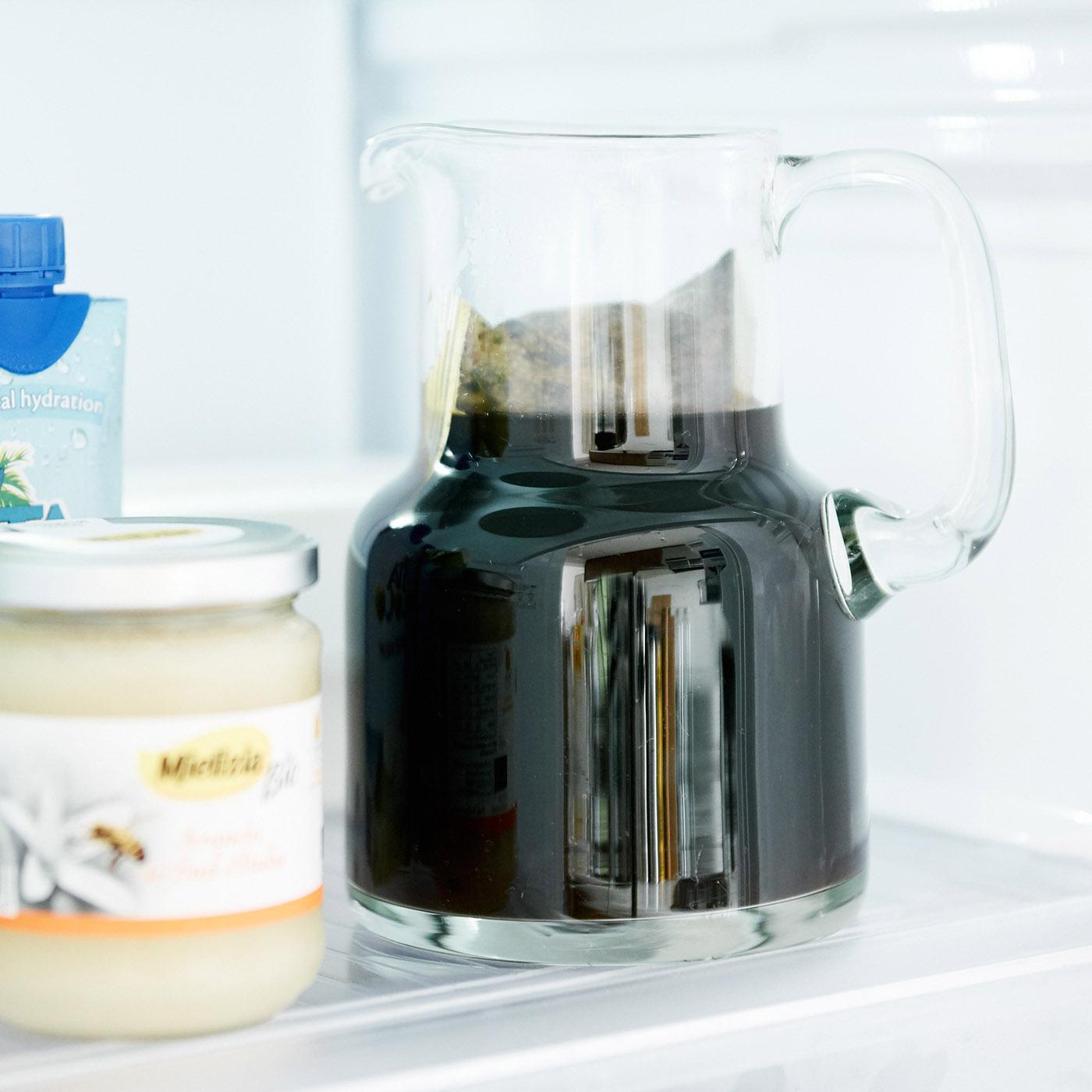 250mlの水に1パックを入れて、冷蔵庫で8時間待てば完成です。水出しだから手間いらず。