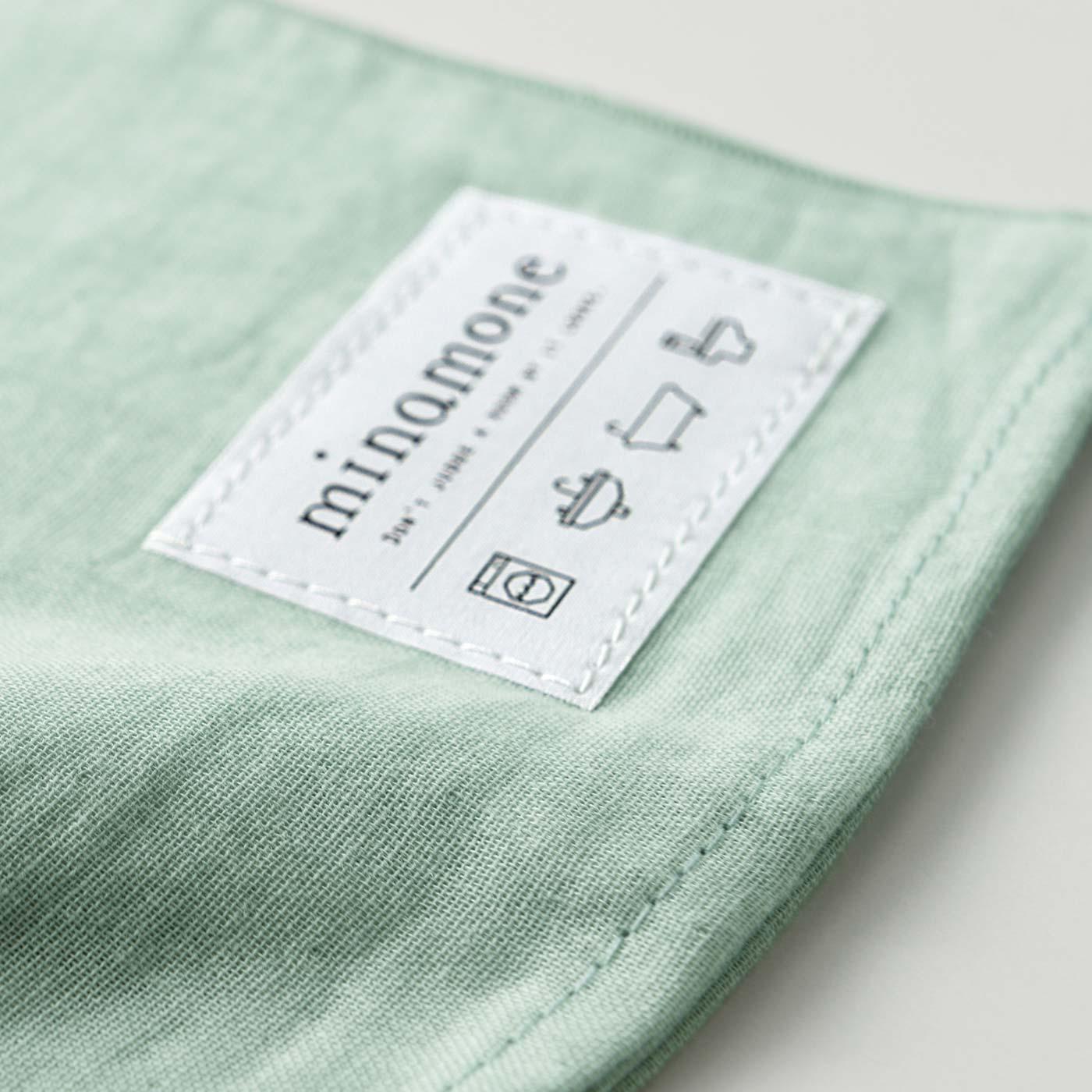 肌に心地いい薄手の綿ダブルガーゼ素材で乾きも速い。