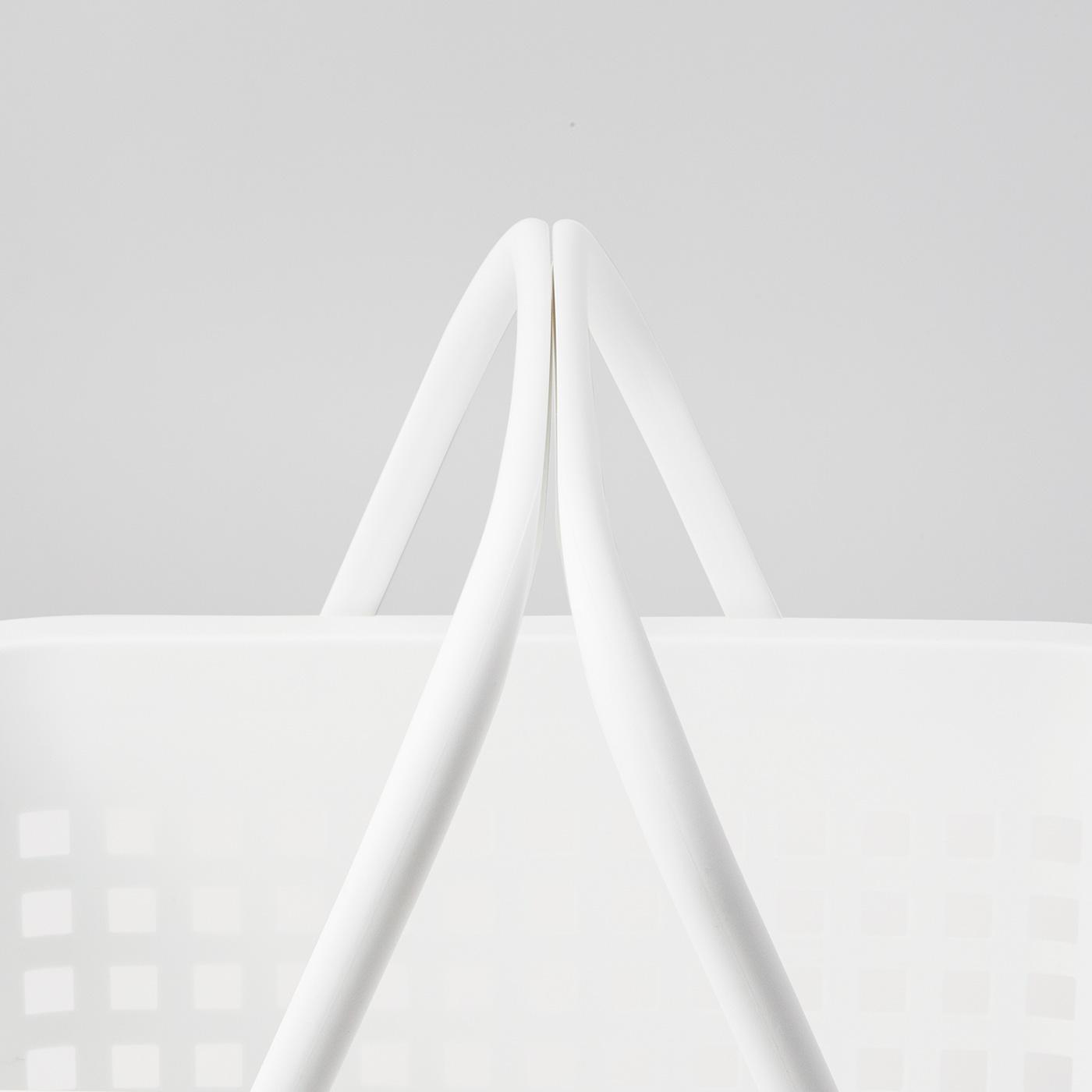 ハンドルは合わせると、重たいものも運びやすい形状に。