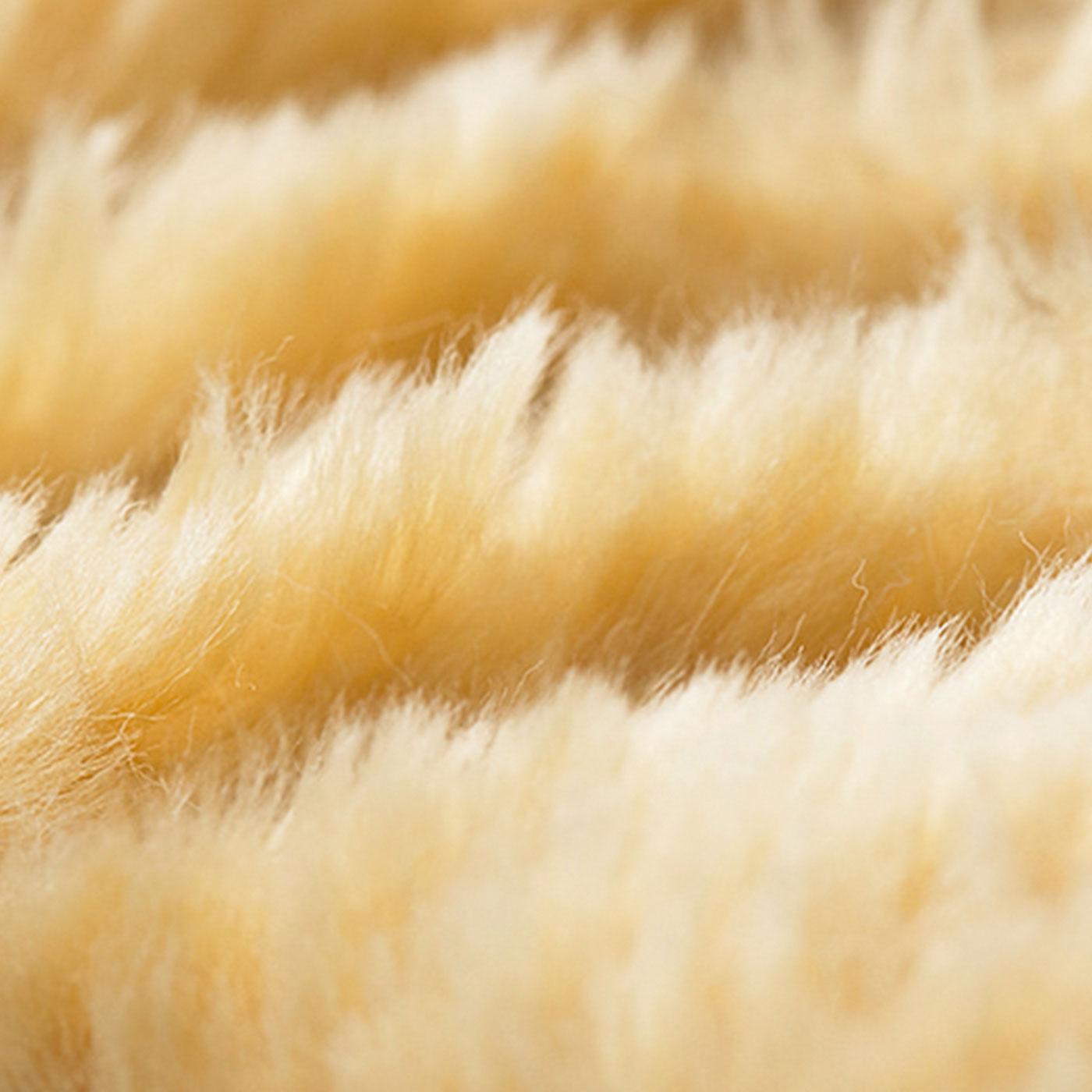 毛足の長い上質なふかふか素材。
