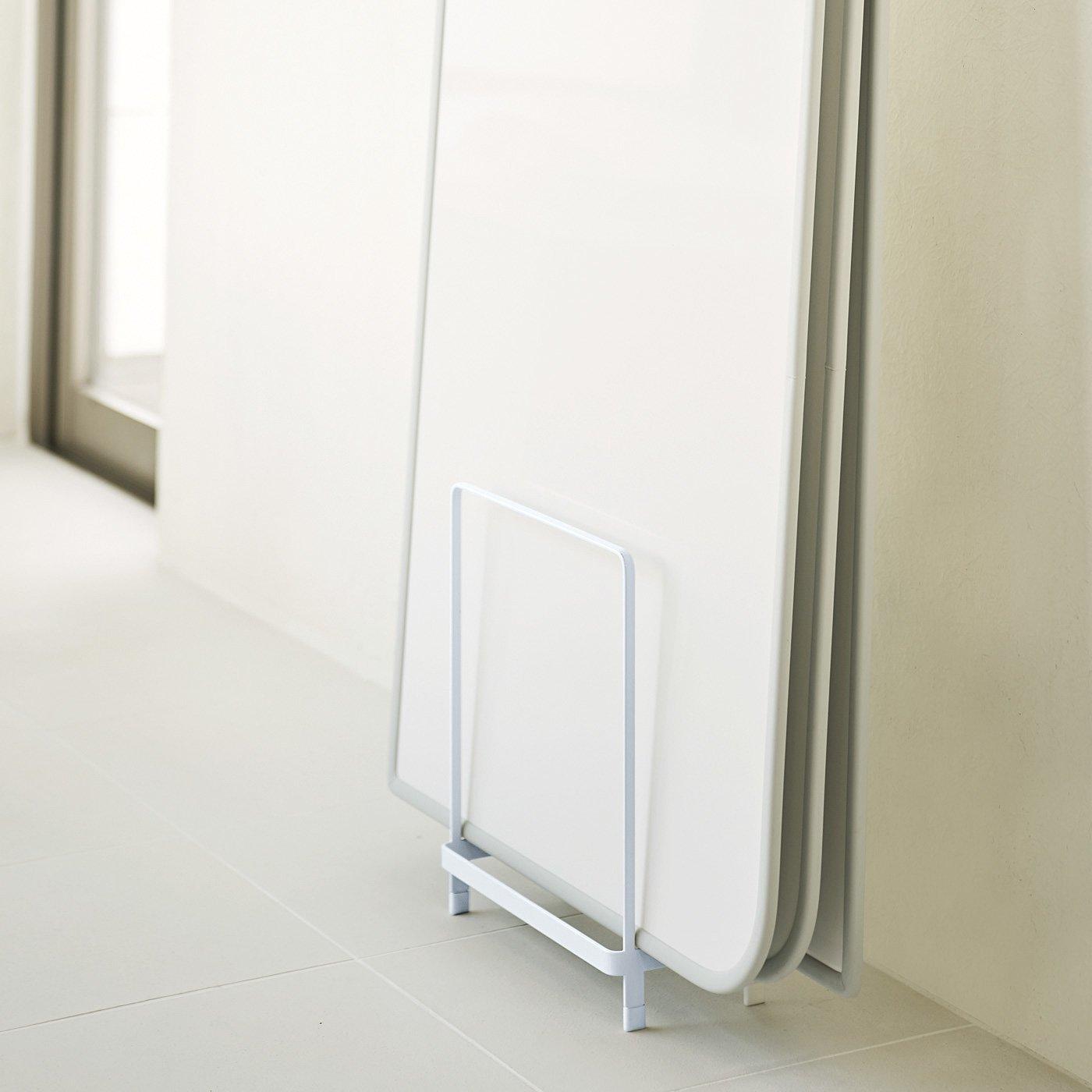 省スペースにひとまとめ! 浮かせてぬれ・ぬめり防止 乾きやすい風呂ふたスタンド