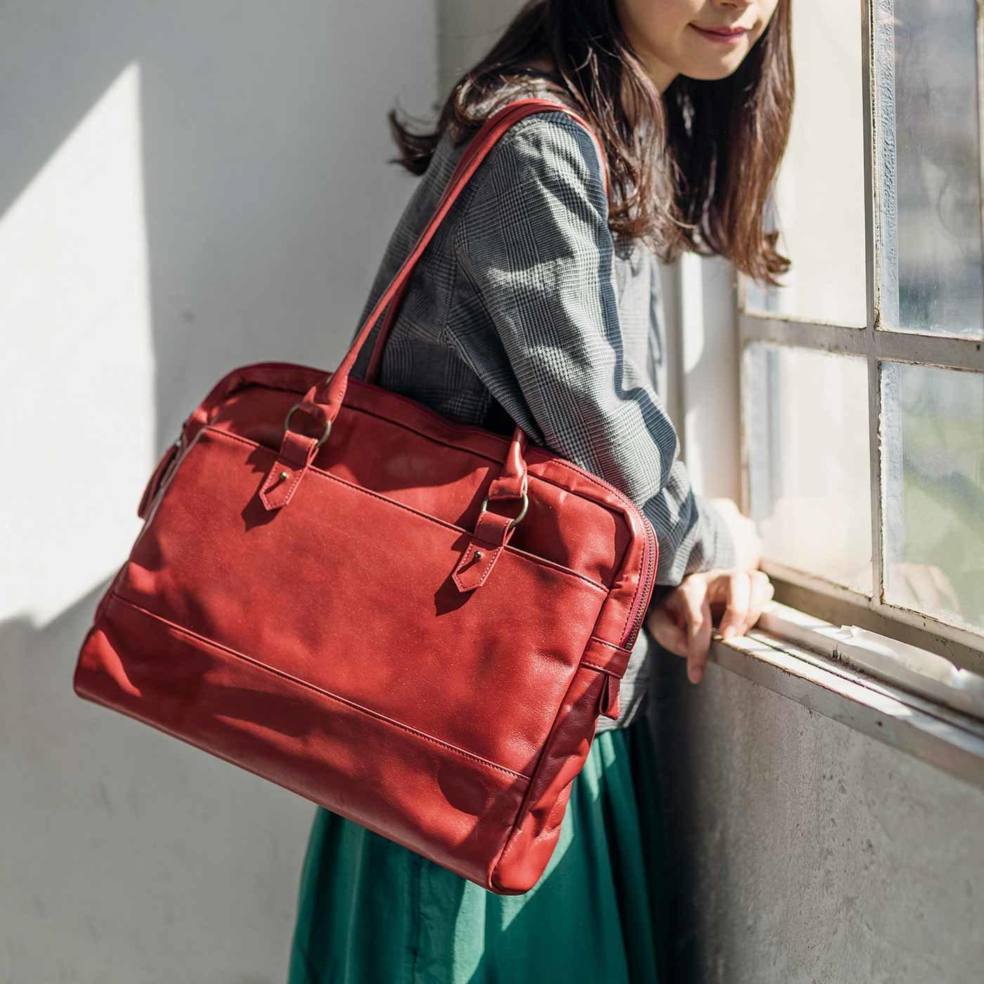 [2015年発売モデル] 贅沢(ぜいたく)オールレザー仕立て 大型ブリーフバッグ〈ローズレッド〉[本革 鞄:日本製]