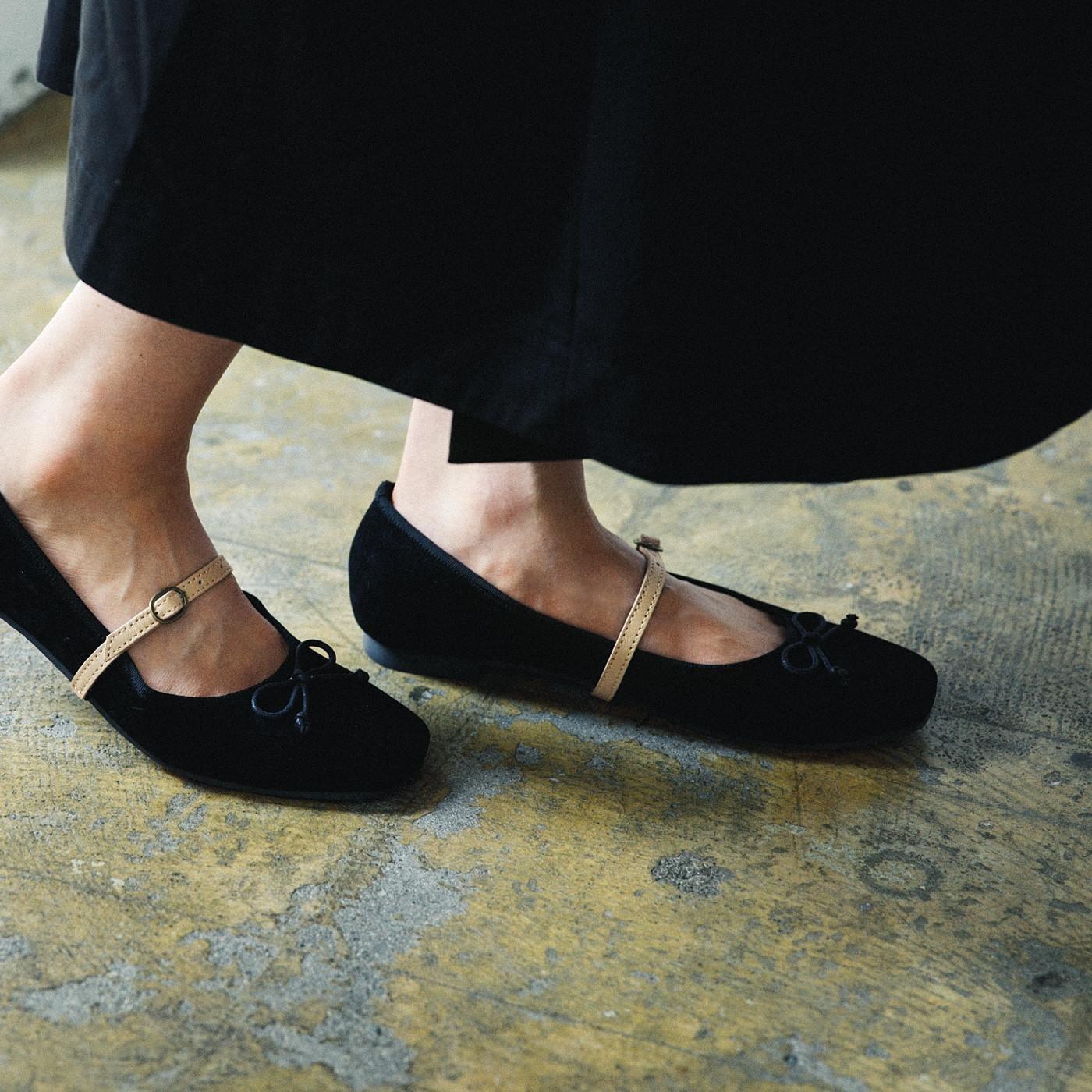 el:ment パカパカ脱げを気にしない 靴が足にフィットする本格的な本革のシューズバンドの会