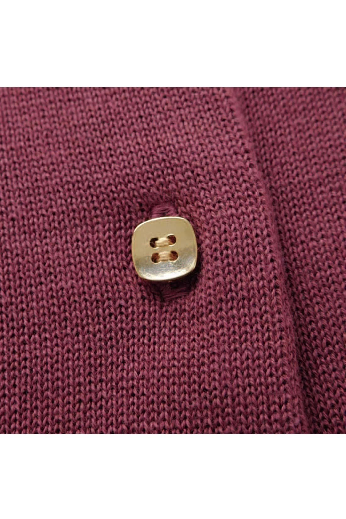 [キラリ。]金色ボタンで、少しおすましテイストに仕上げたよ。 ※お届けするカラーとは異なります。