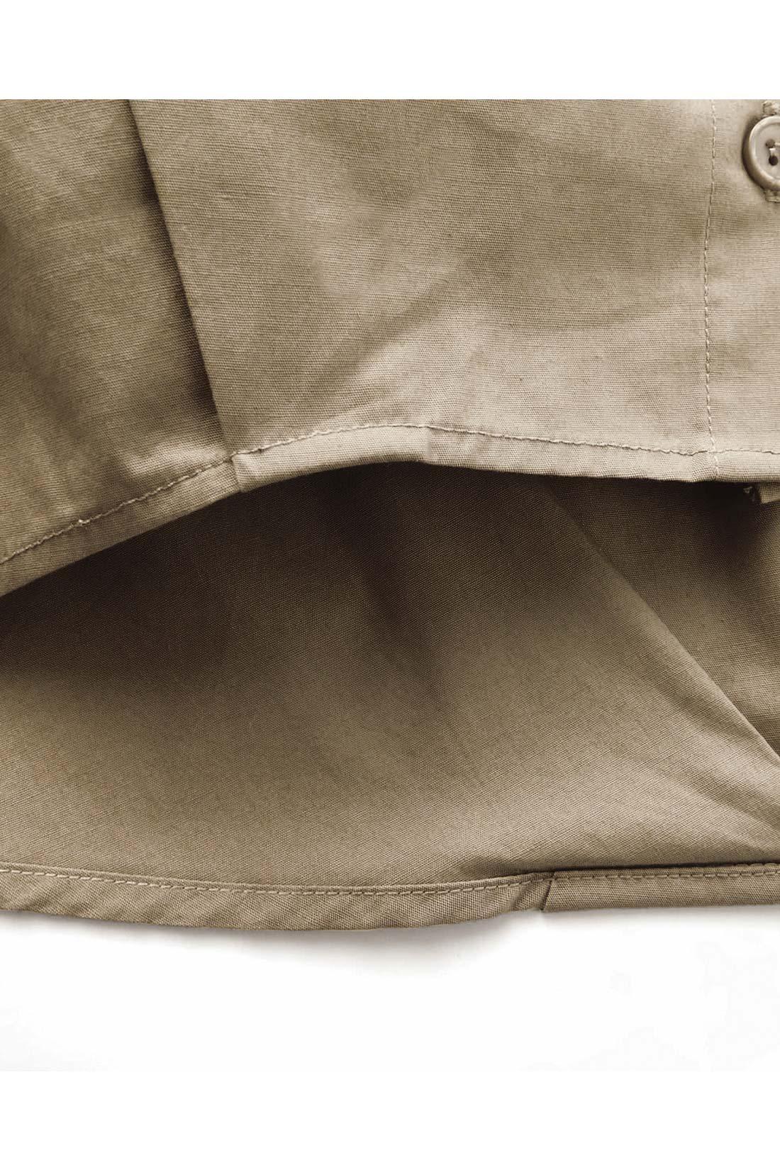 [タックでぷっくり。]前と後ろに入ったタックが立体感を演出します。おしりをカバーしてくれる長め丈もナイス。 ※お届けするカラーとは異なります。