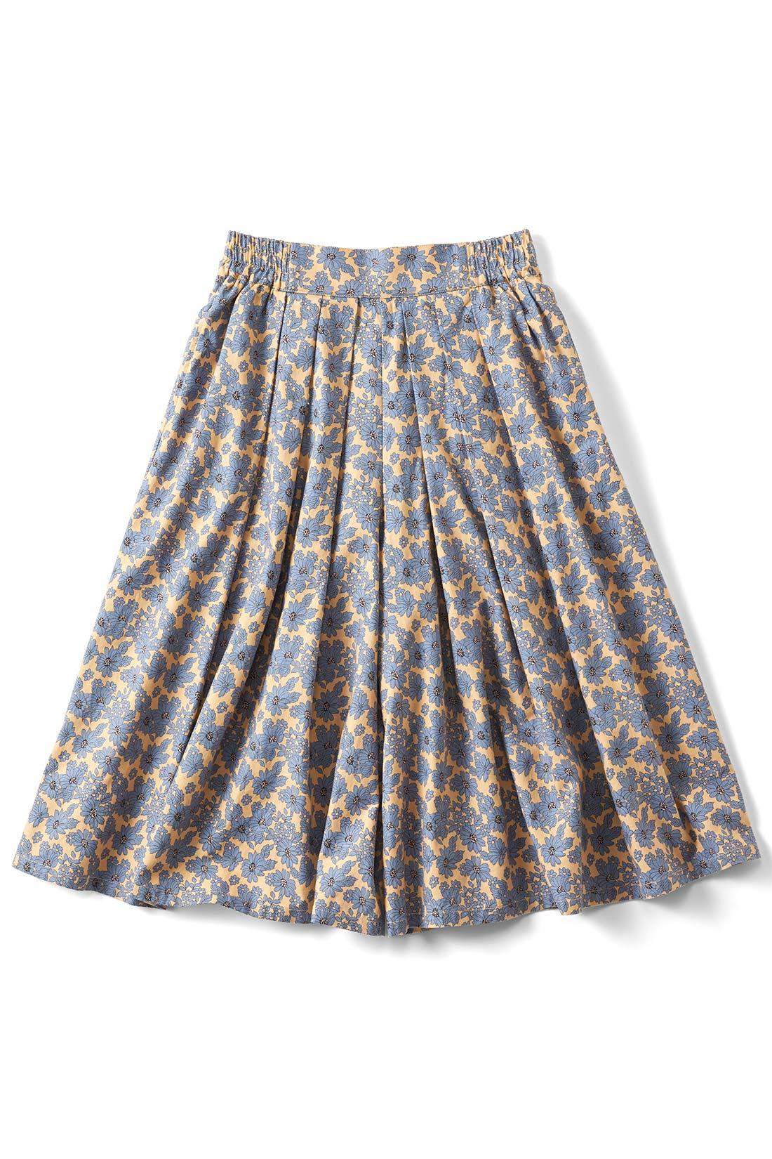 [アンティークフラワー]両サイドには便利なポケットが。スカートみたいなシルエットでしょ。
