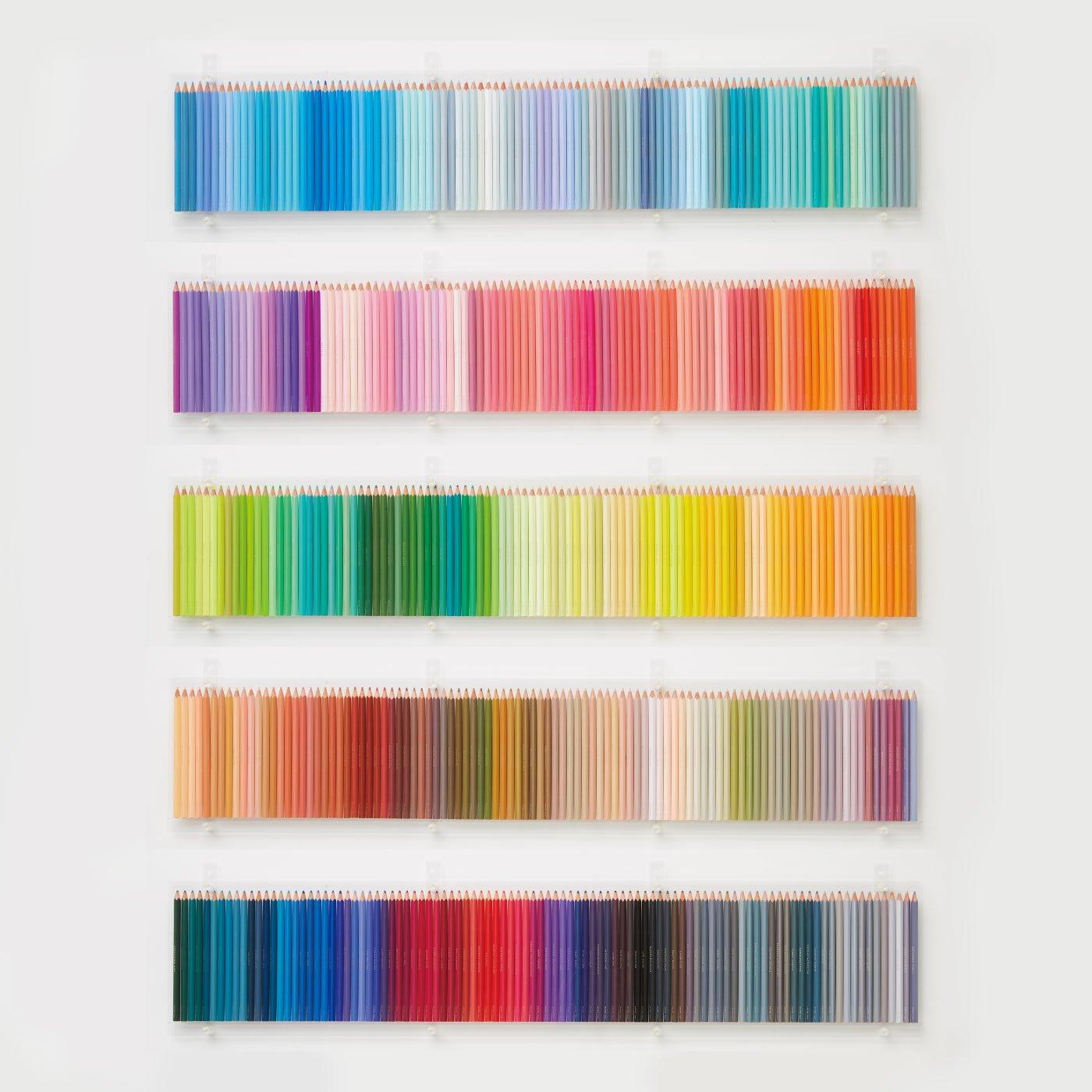 500色の色えんぴつ TOKYO SEEDS 壁一面に飾れるアクリルラックの会