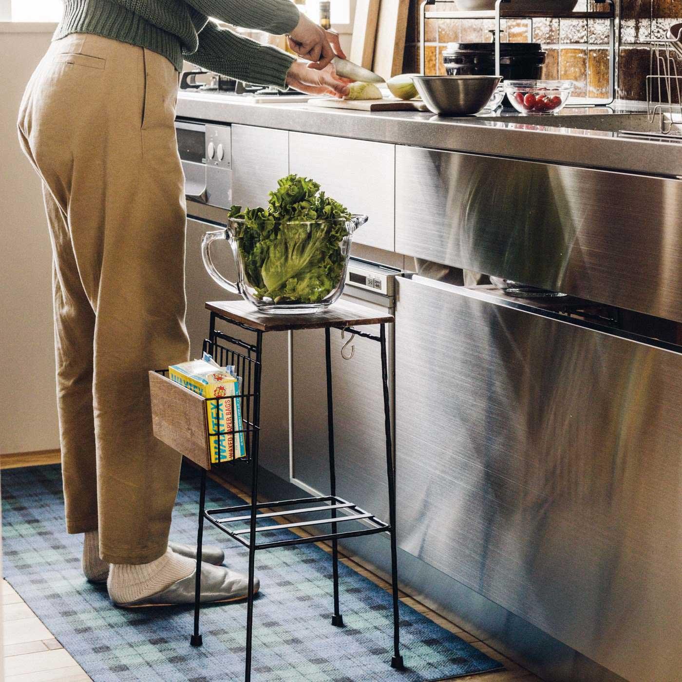 調理中のちょい置きテーブルとして活躍!