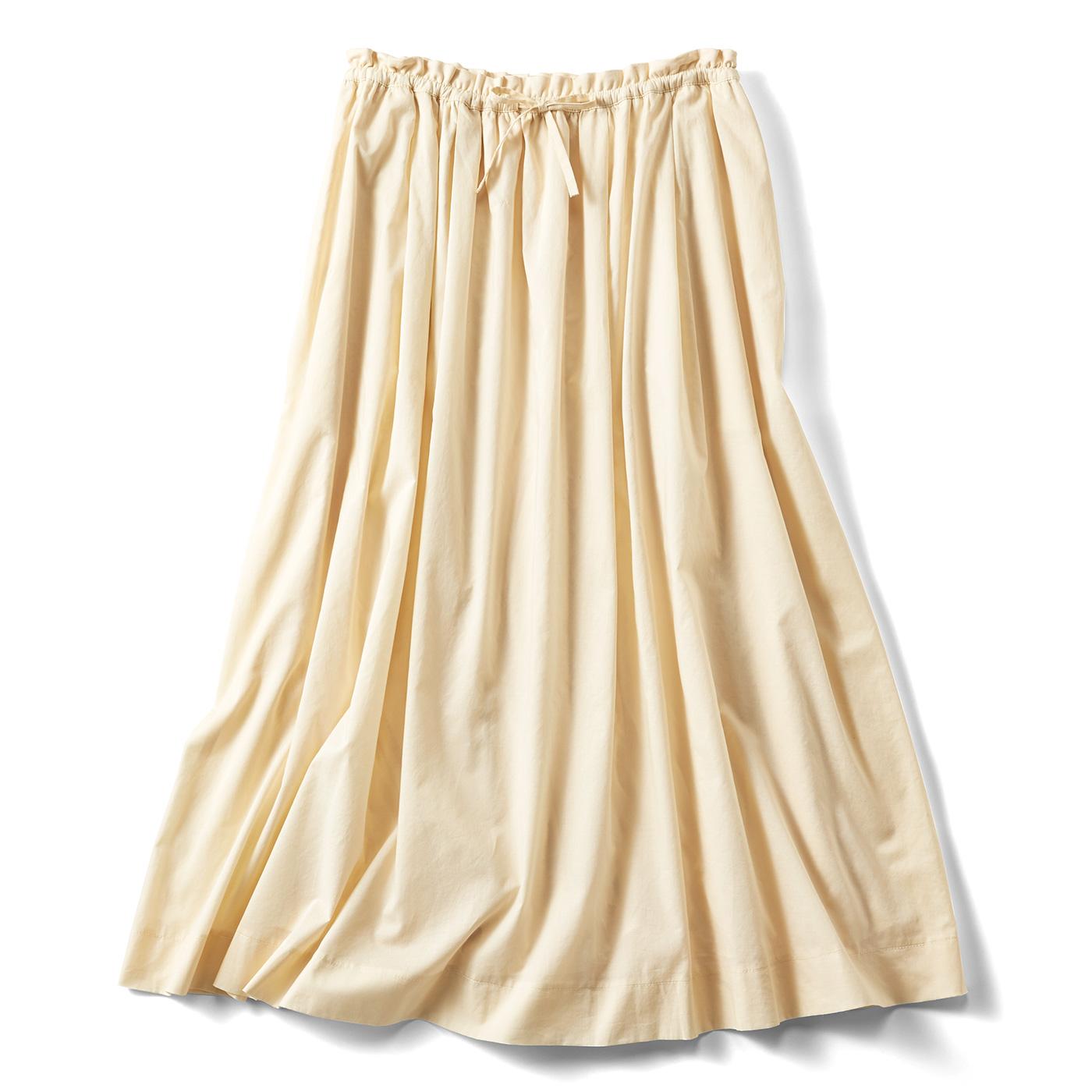 たっぷりボリュームのかろやかスカート〈クリーム〉