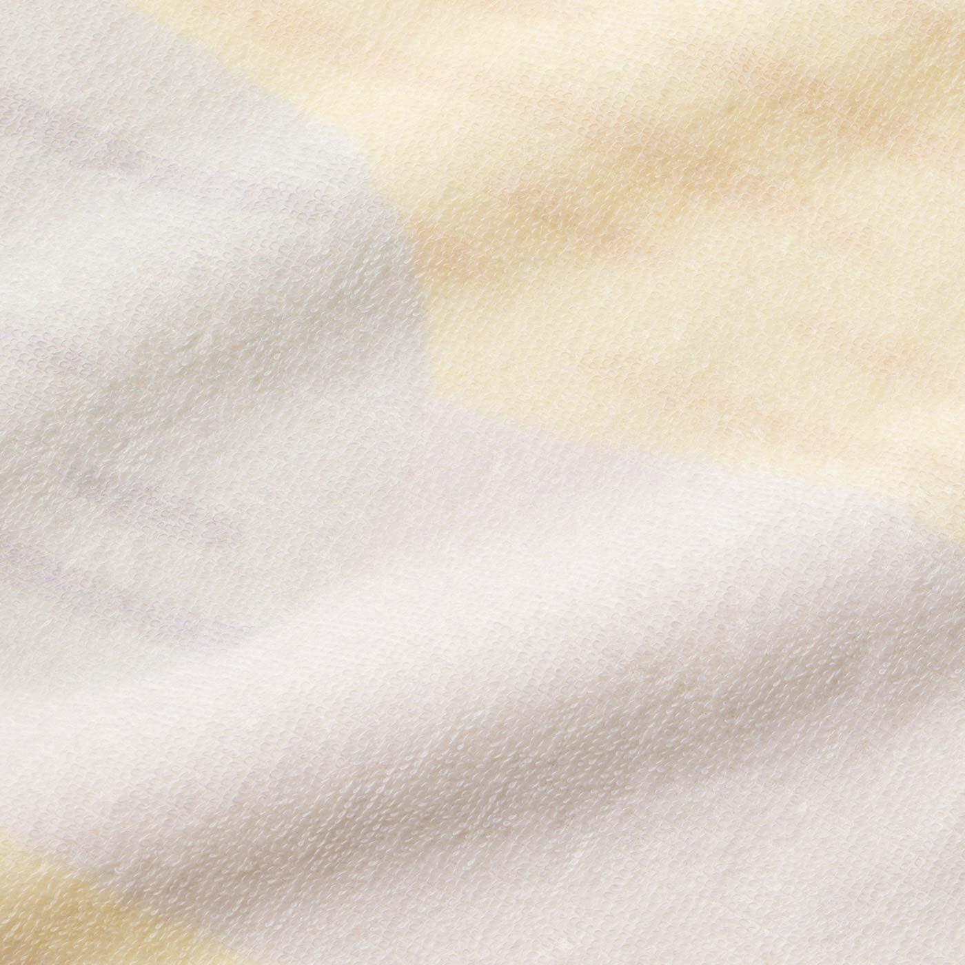 パステル三毛猫柄のパイル生地。