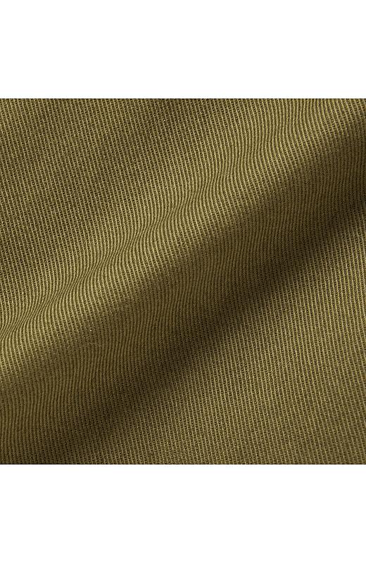パンツははくほどに味が出る布はく素材。