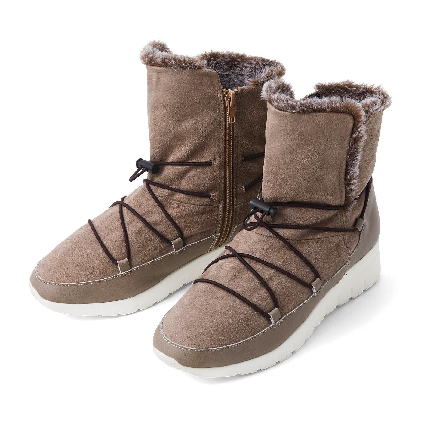 リブ イン コンフォート 暖かさもかわいさも主役級! 霜降りファーのスニーカーブーツ〈ベージュ〉