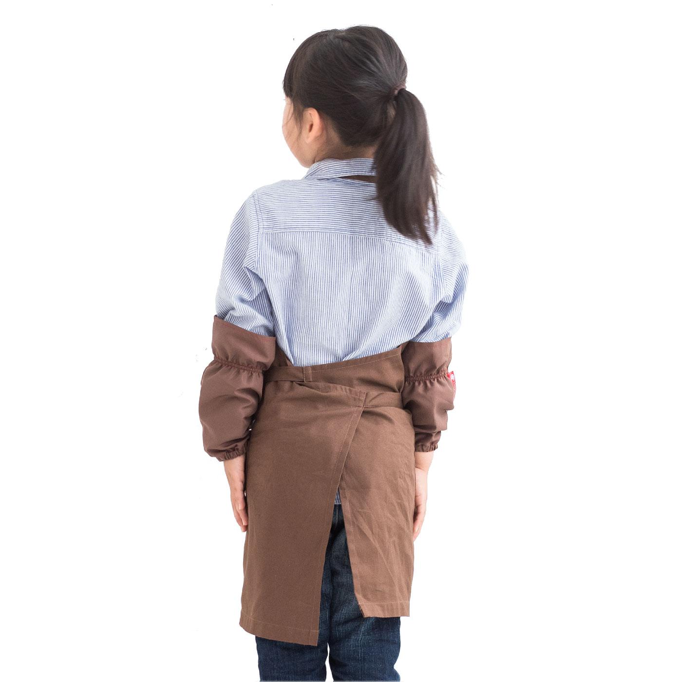 着用モデルは109cm。