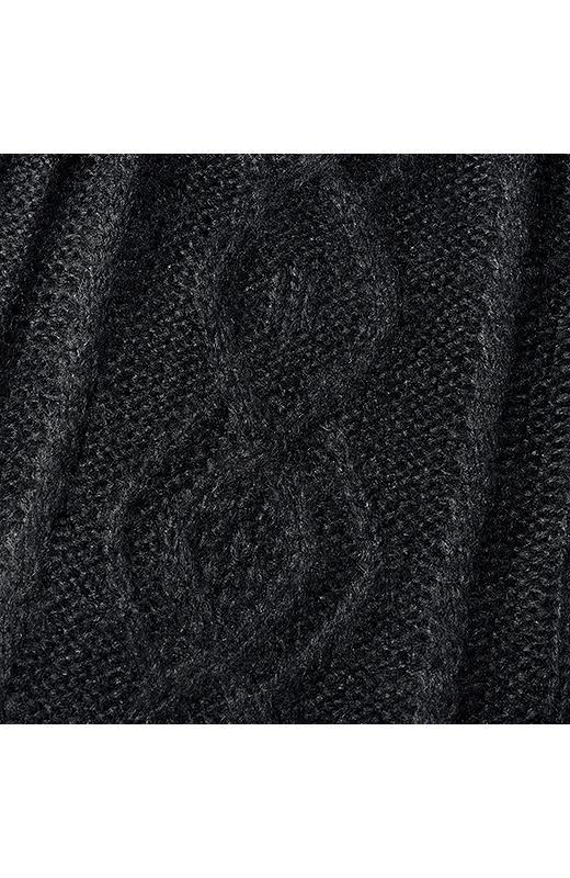 縄編み模様。